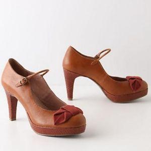 anthropologie MISS ALBRIGHT bowed lacerta heels 9